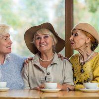 60代女性必見!人気のおすすめファッションブランド一覧