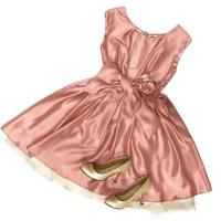 【結婚式で人気のピンクドレス】マナー・大人かわいいコーデ術も