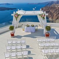 7月・8月 夏のお呼ばれ結婚式、服装から暑さ対策まで一挙公開