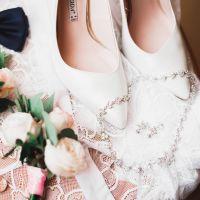 ドレスカラー別お呼ばれ靴のコーデ集&ネットで靴を借りてみたレポ!
