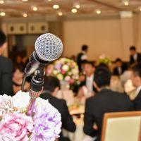 結婚式主賓の服装【女性編】新郎新婦も喜ぶお呼ばれドレスは?