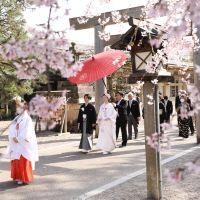 【うつくしの杜 射水神社の結婚式お呼ばれ】赤い糸で絆が深まる神前結婚式
