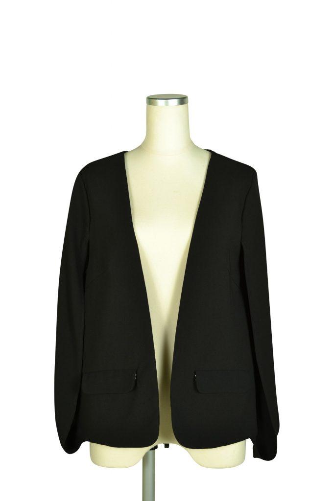 デリセノアール(DELLISE NOIR) ケープ袖ブラックジャケット