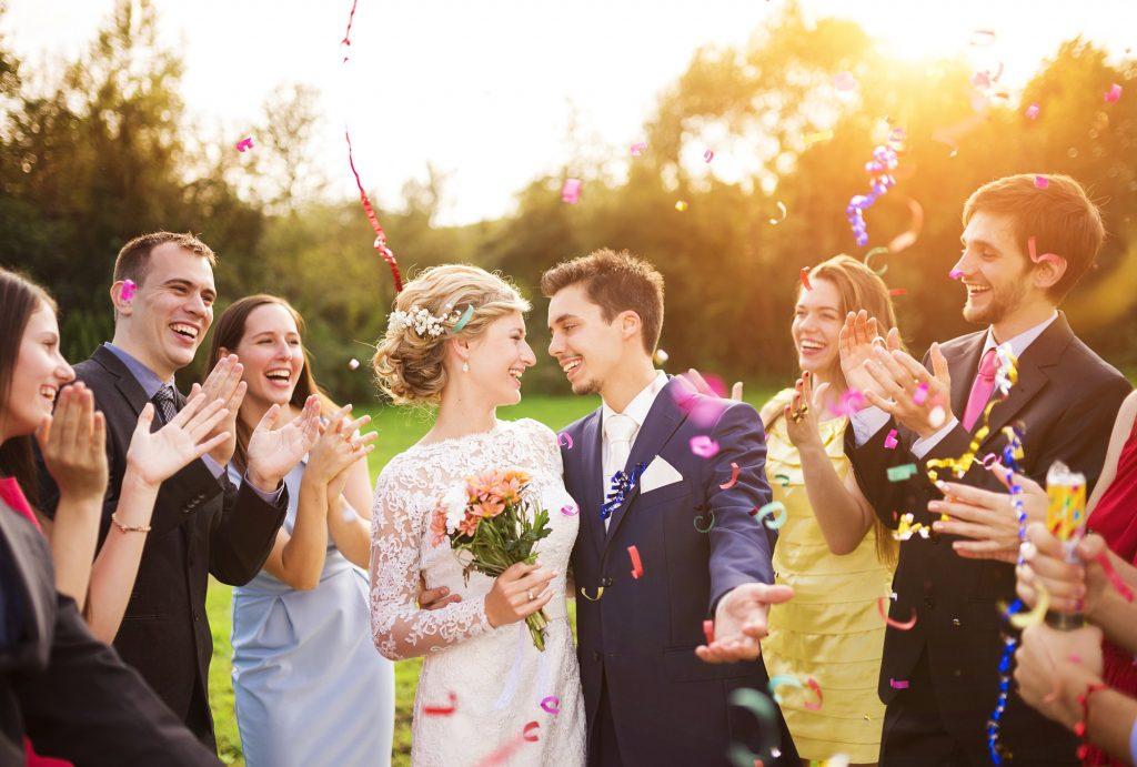 結婚式に華を添えよう