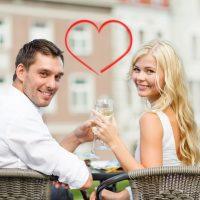 【結婚記念日】秘訣は無理のないお祝い!周りの夫婦の結婚記念日事情