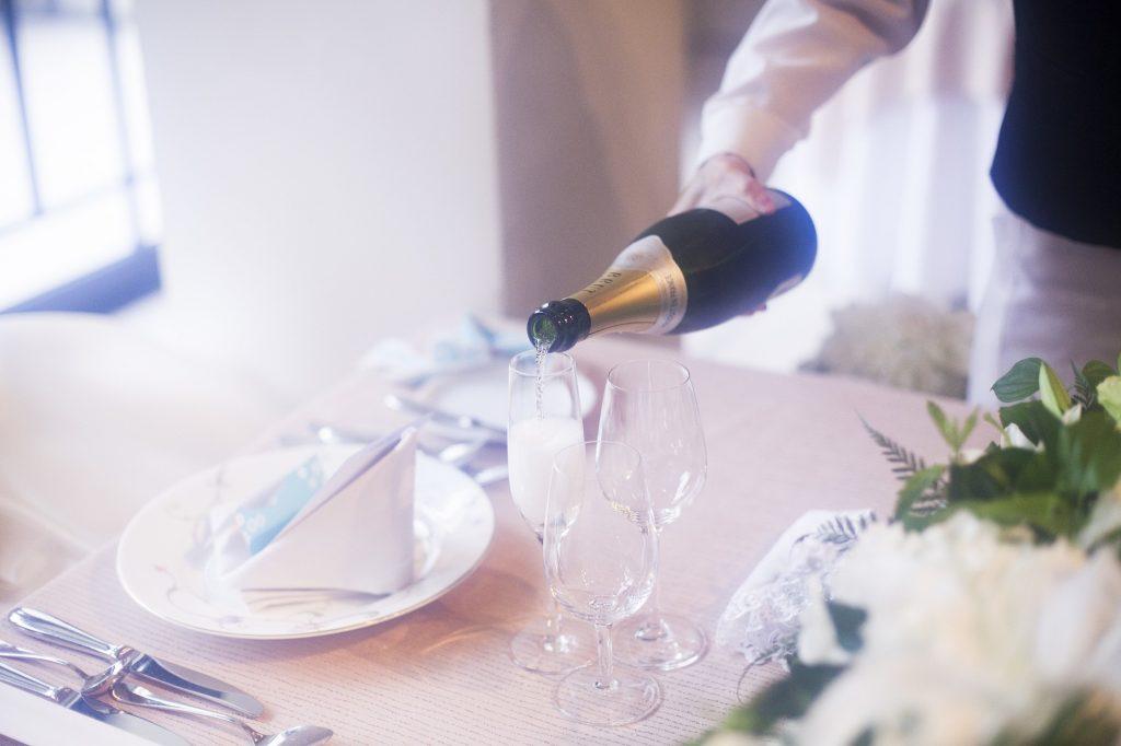 8595136c2efea 結婚式・披露宴での乾杯の挨拶:成功するスピーチ文例・マナーまとめ ...