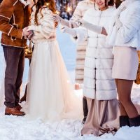 寒い時期の結婚式「コートはどうする?マナーはあるの?」