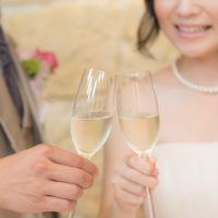 結婚式・披露宴での乾杯の挨拶:成功するスピーチ文例・マナーまとめ