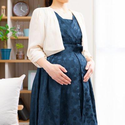 妊婦・マタニティの結婚式コーデをおしゃれに!2021年トレンド12選