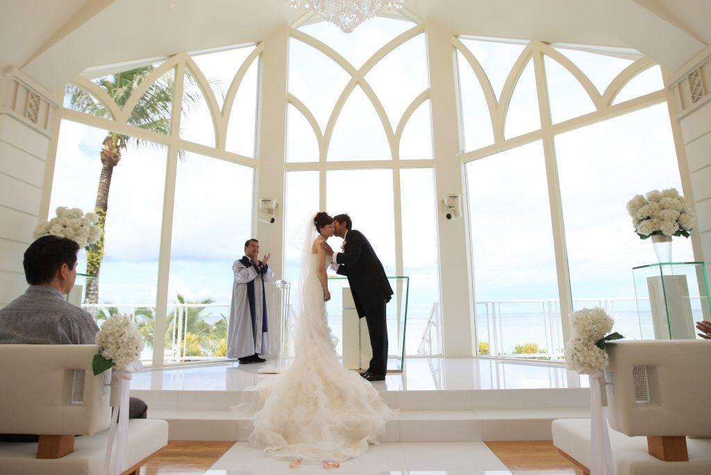 結婚式 誓いのキス