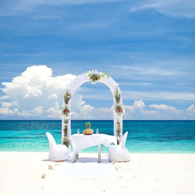 ハワイお呼ばれ結婚式。行きたい!行ける?服装から予算などの疑問を徹底解消