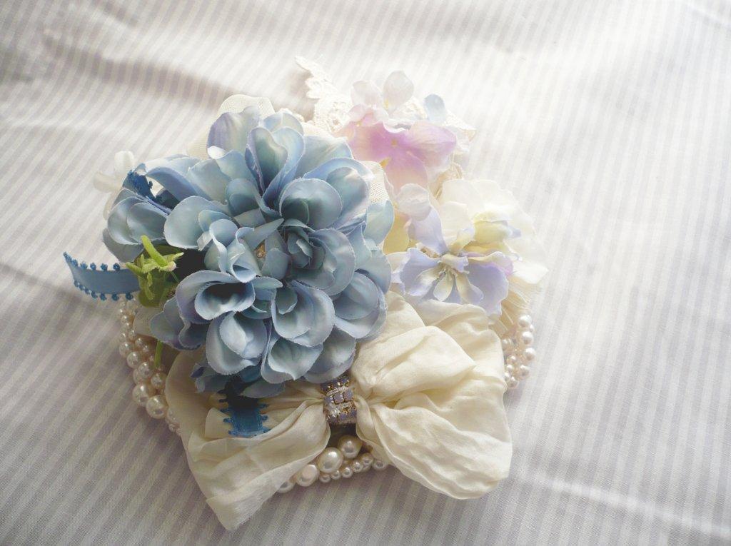 結婚式の髪飾り選び
