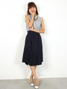 シャツブラウス+ミディ丈スカート