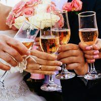 結婚式の二次会 あなたの乾杯挨拶で盛り上げよう!