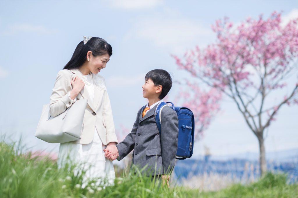 ffb23fa1f153f 最新版 入学式(入園式)母親のセレモニースーツ、気になるマナーとは ...
