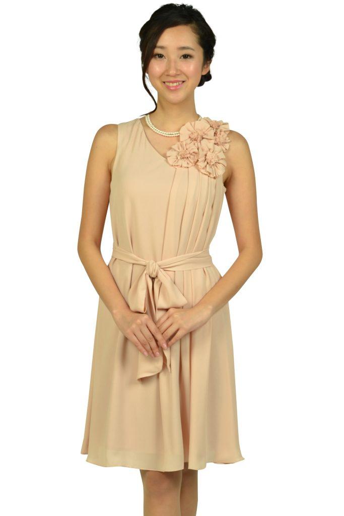 ドーリードール (Dorry Doll) フラワーコサージュベージュドレス