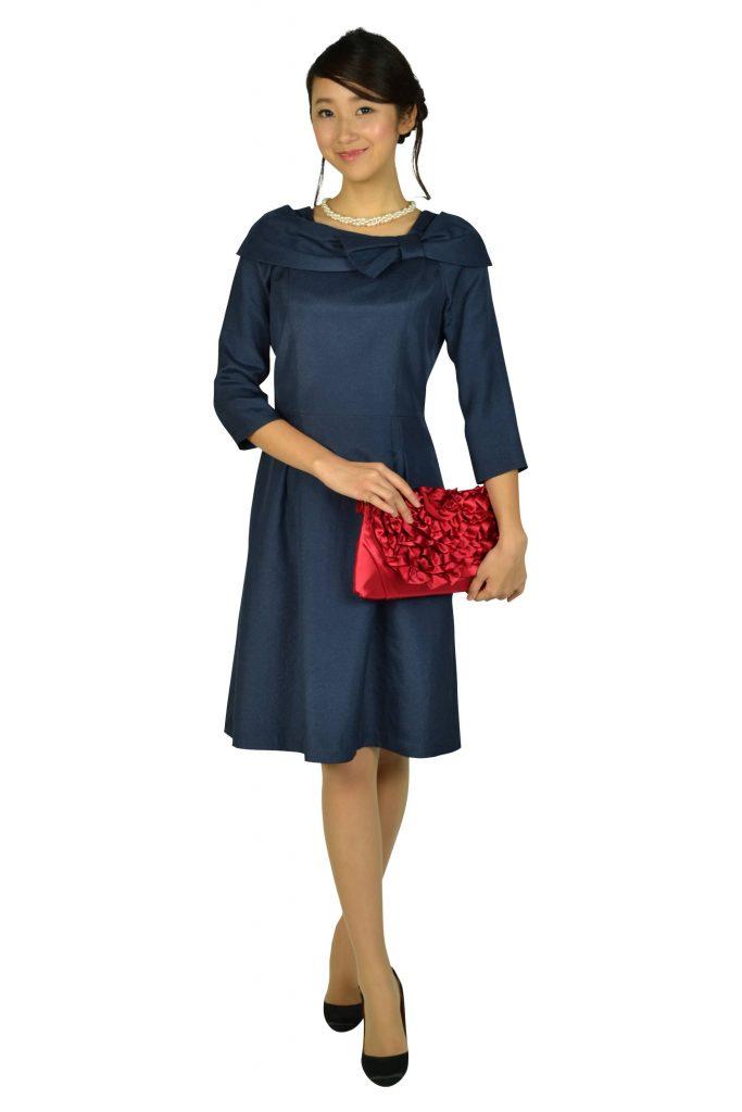 a2cca916441ca ディナーショー 服装を年代別にご紹介 ドレス美人で憧れの人にアピール ...