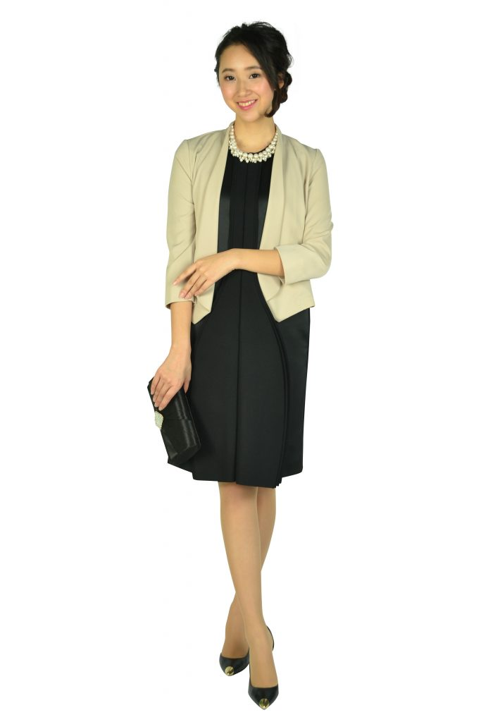 エンポリオ (EMPORIO ARMANI) アルマーニ ハイデザインブラックドレス