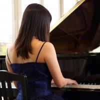 ピアノ発表会の大人用ドレス選び!失敗しないためのポイント教えます