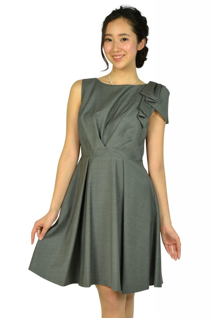 ランバンオンブルー (LANVIN en Bleu) ワンポイントグレータックドレス