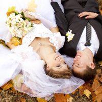 秋の結婚式にピッタリ♪コーディネートで秋らしさを演出しよう!