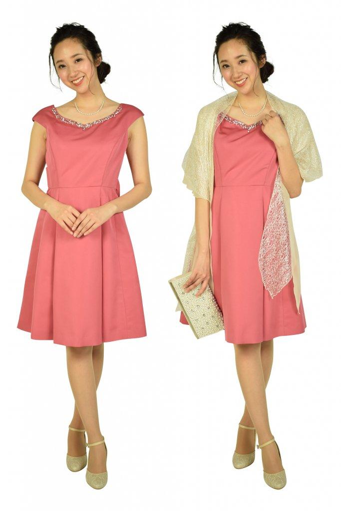 Apuweiser-riche 華やかビジュ濃ピンクドレス
