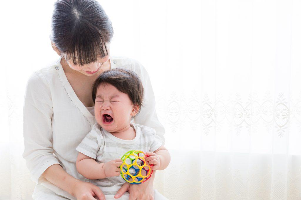 子供が泣いたら早目に退出