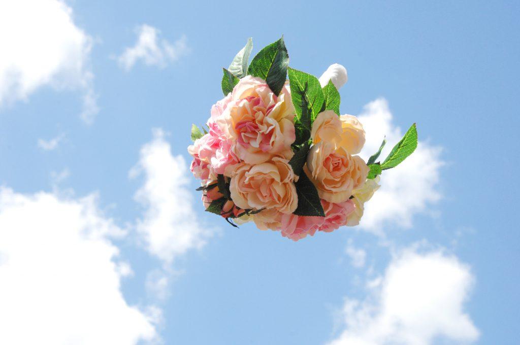 61f78e684d24d 結婚式のお呼ばれドレスまとめ!基本知識・服装からマナーまで - IKINA ...