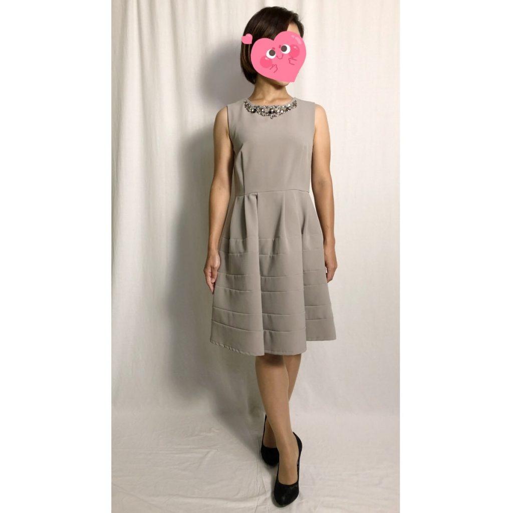 アティラントーレ 豪華ビジュグレードレス(着丈88cm)を150cmモデルに着用