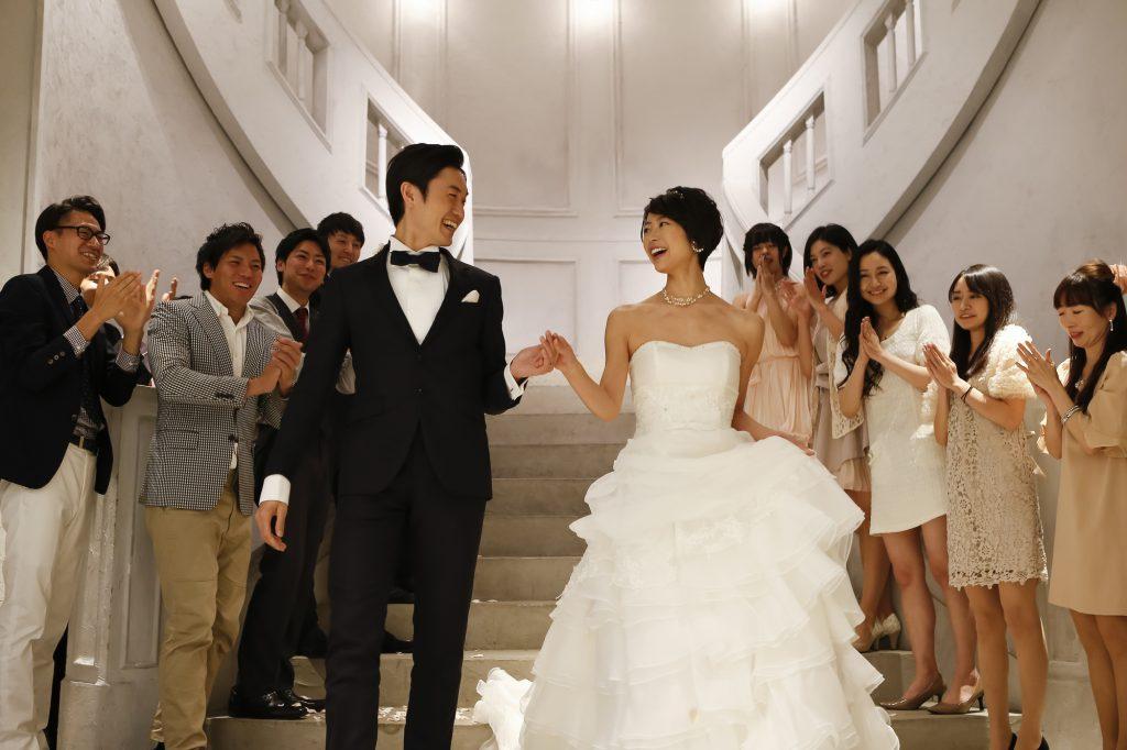 結婚式の年代別ドレスコーデ♪友人結婚式でのお呼ばれスタイルを提案