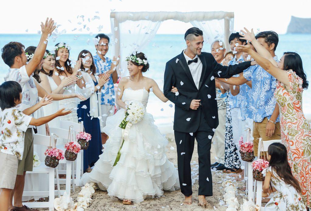 グアム結婚式お呼ばれ!常夏の島の服装もこれで完璧! , IKINA