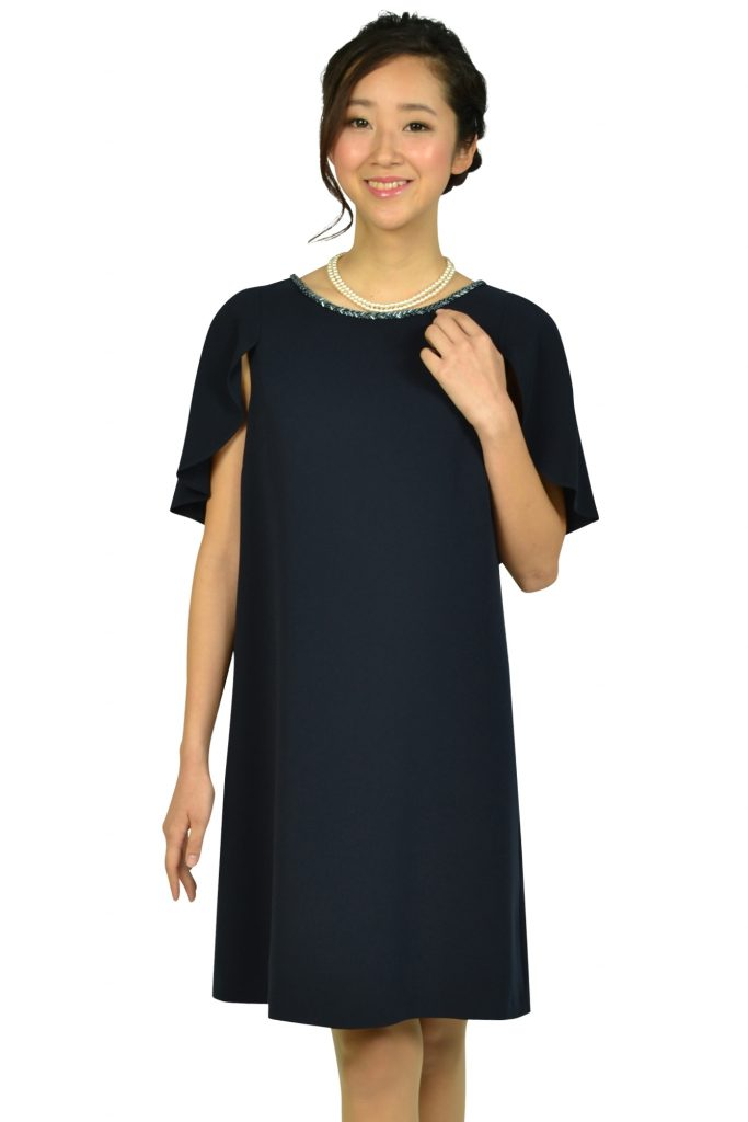 クミキョク (組曲) ケープ袖Iラインネイビードレス