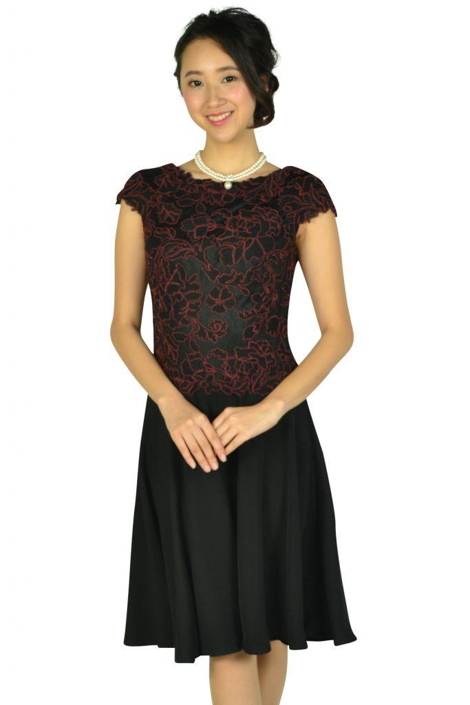 タダシ・ショージ (Tadashi Shoji) ボルドー刺繍ブラックドレス