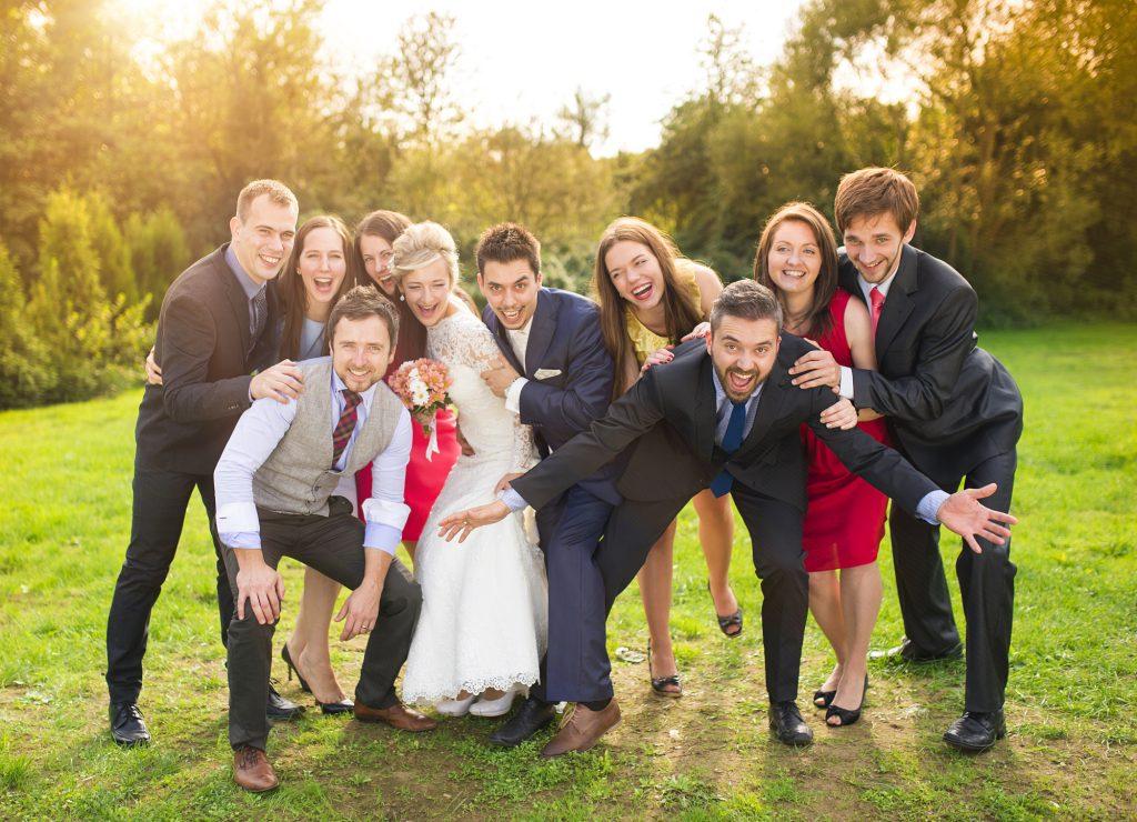 【結婚式 二次会幹事の完全ガイド】初めてでも失敗なしの準備マニュアル