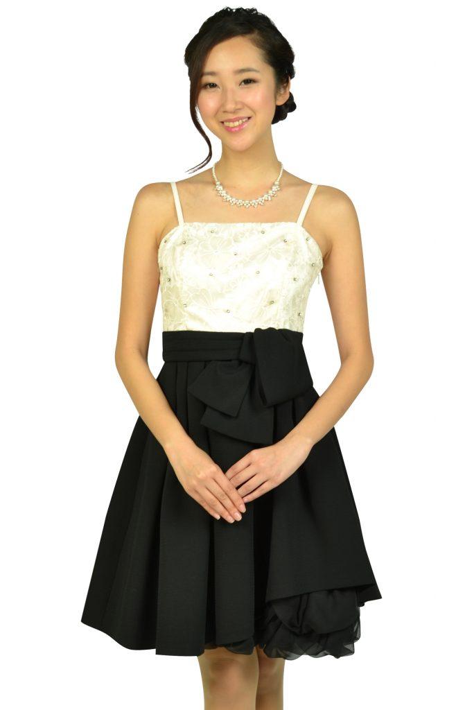 アプワイザー・リッシェ (Apuweiser-riche) フラワー刺繍オフホワイト×ブラックドレス