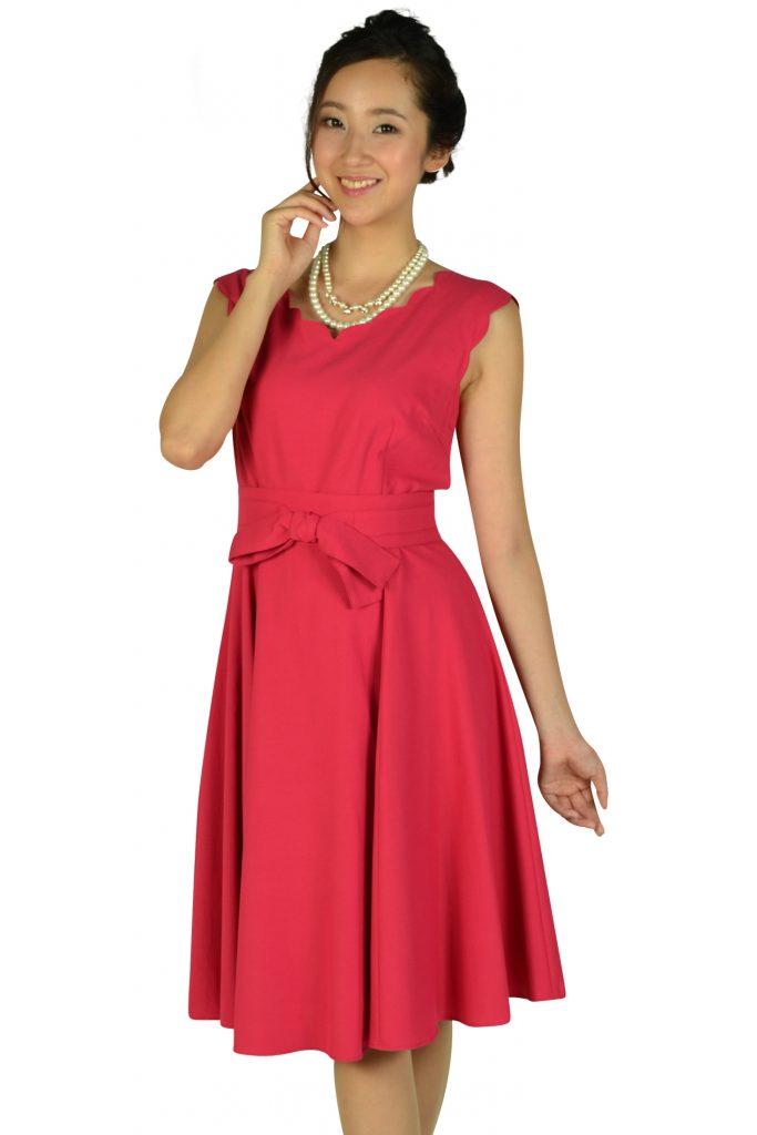 アプワイザー・リッシェ(Apuweiser-riche) スカラップカットストロベリーピンクドレス