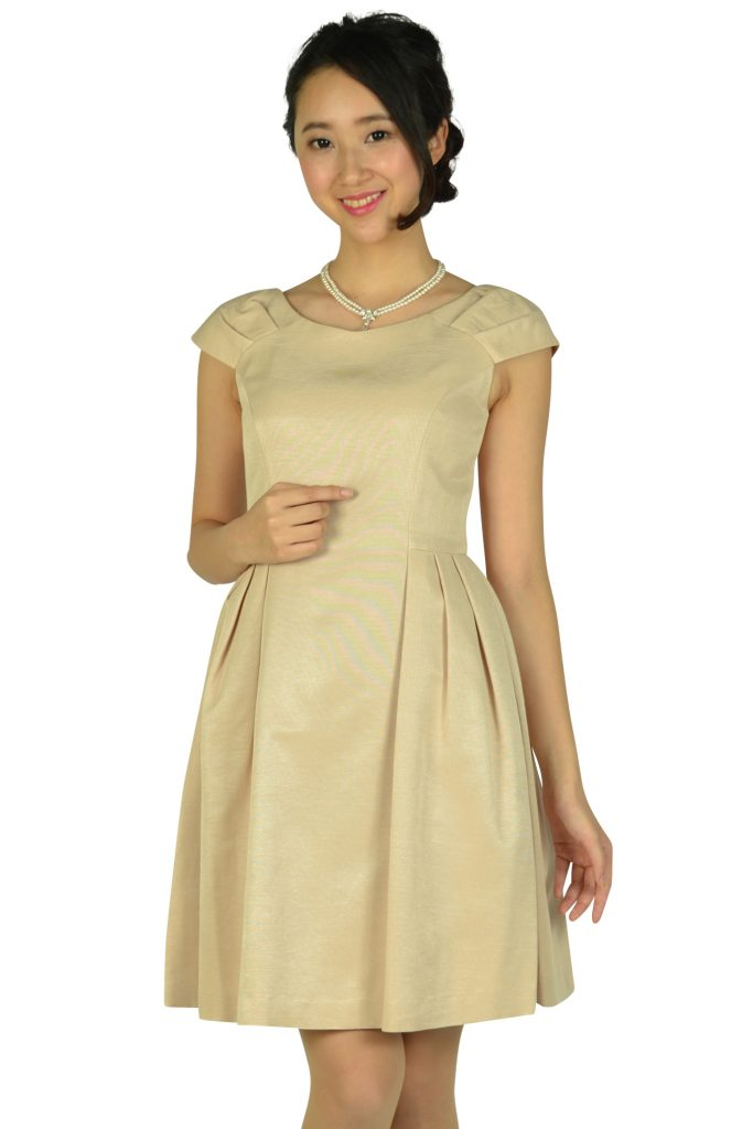 ストロベリーフィールズ(STRAWBERRY-FIELDS) Vネックシンプルベージュドレス