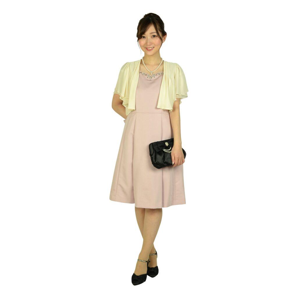 3色コーディネートで素敵にドレスアップ☆