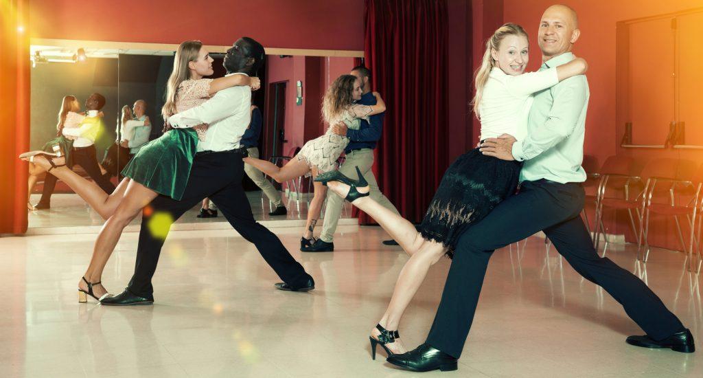 社交ダンスの衣装
