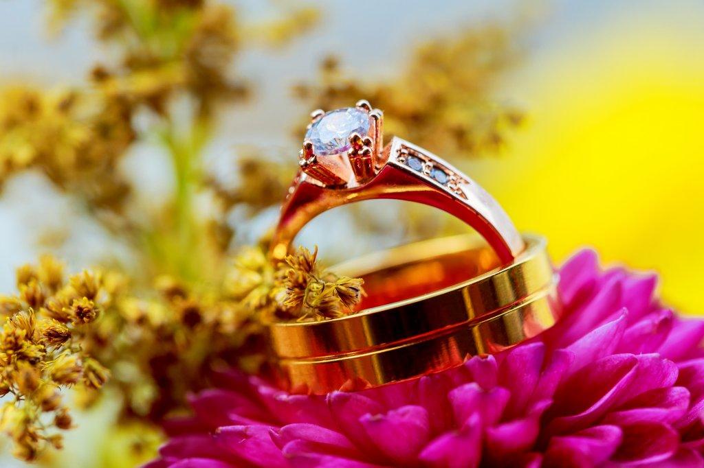 秋は結婚式シーズン