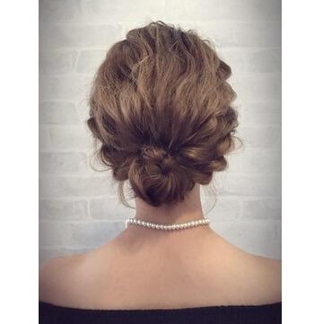 バランスよく魅せるヘアスタイル