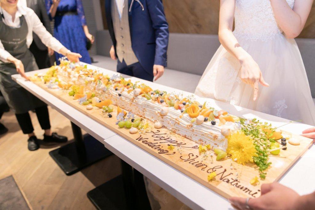 全長約150cmあるロールケーキ